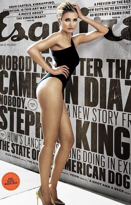 Aos 41 anos, Cameron Diaz posa de maiô e exibe corpo em forma