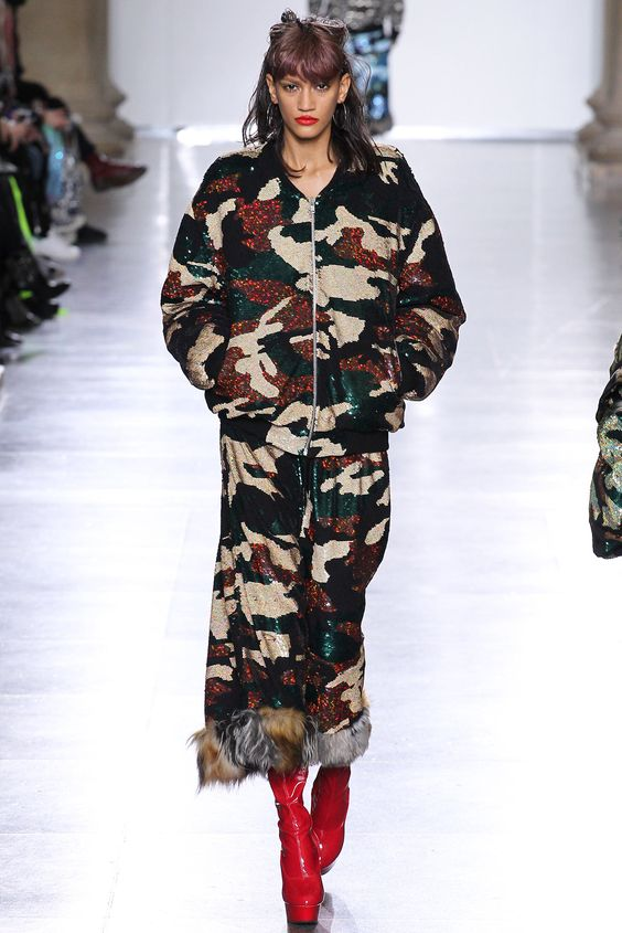 Ashish Fall 2015 Ready-to-Wear - Collection - Gallery - Style.com