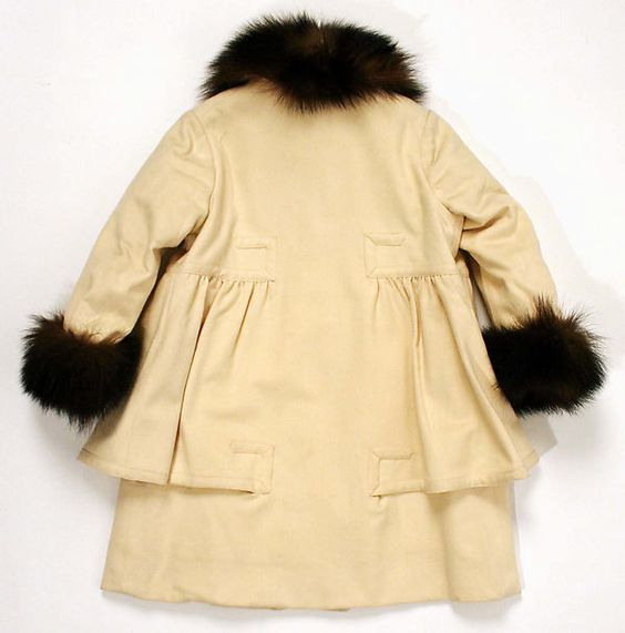 Coat (back view) Department Store: Best & Co.  Date: ca. 1914 Culture: probably French Medium: wool, silk, fur Accession Number: C.I.60.42.9