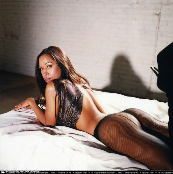 Stacey Dash, born January 20, 1967 in The Bronx, New York City, NY, is an American actress who happens to have a smoking hot body. From head to toe she has it all. Plus a beautifully round apple shaped ass. Yummy!!