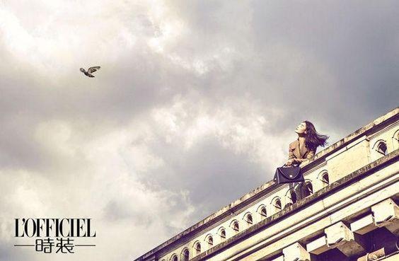 Paris Immortal Elegance - Haute Couture 2014l , L'Officiel China, Septembre 2014 (L'Officiel China).   Chen Man - Photographer.   Miao Bin Si - Model.   Sui He - Model.
