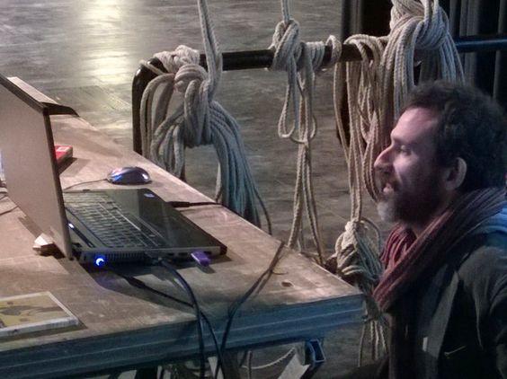 Risvegli, la video-installazione realizzata da Michelangelo Frammartino e dagli studenti dell'Unical da lunedi 11 aprile al Piccolo Teatro.