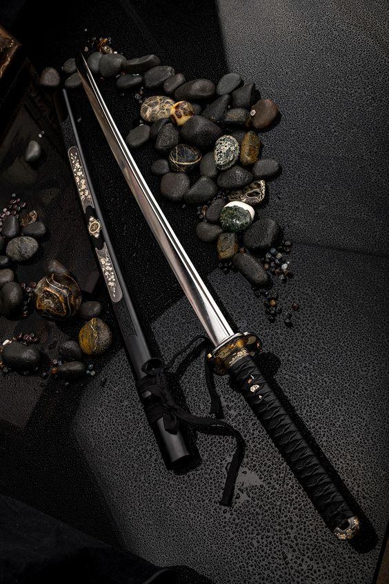 Izanami [Espada legendaria] Fcf12cfc90928a8c6df1318c5885c8ca