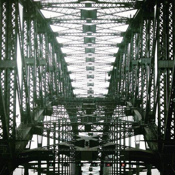 geometric #sydney by hola_kylieee http://ift.tt/1NRMbNv