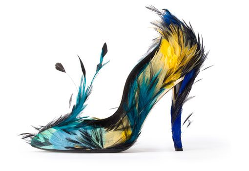 Espectaculares salones de plumas de Roger Vivier