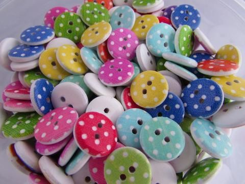 Craft Supplies 10 Sewing Free Buttons