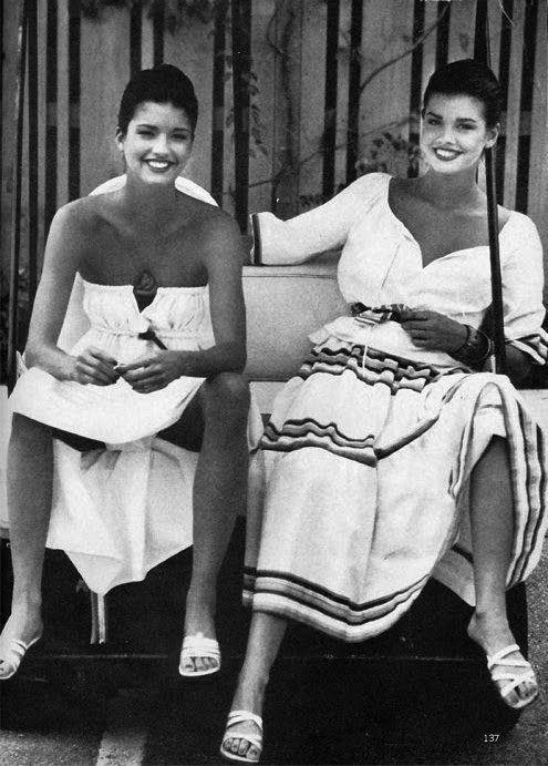 Debbie and Janice Dickinson | Дебби Дикинсон младшая сестра Дженис