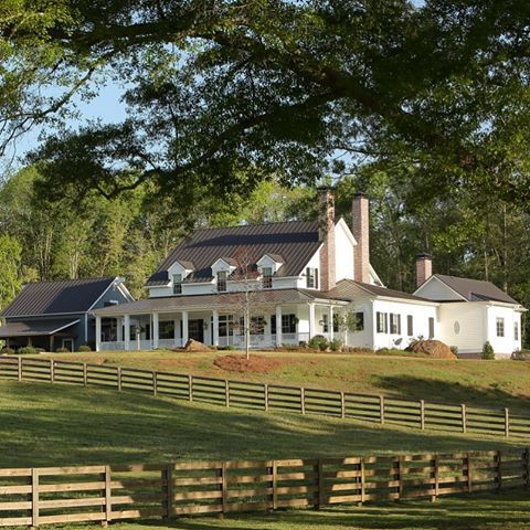 A Gentleman S Farm House Farmhousestyle Whitehouse Porchliving Slhomes Southernlivi Farmhouse Style House House Exterior House Designs Exterior