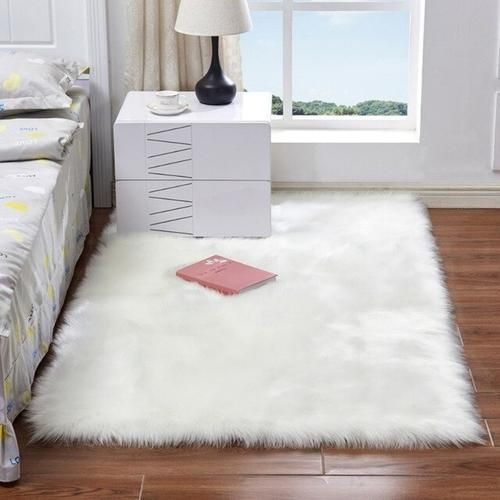 Soft Fluffy Area Rug In 2020 White Faux Fur Rug Bedroom Carpet Rugs In Living Room
