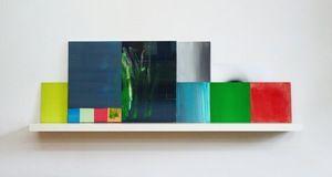 stefan lenke Sidewalk  · 60 x 190 x 20 cm · mehrteilig · Acryl, Pigment, Lack auf Holz, Papier, 2012