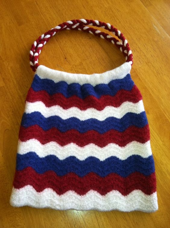 Knitted Shoulder Bag Pattern : Purse Knitting Patterns Purse patterns, Lace and The ojays