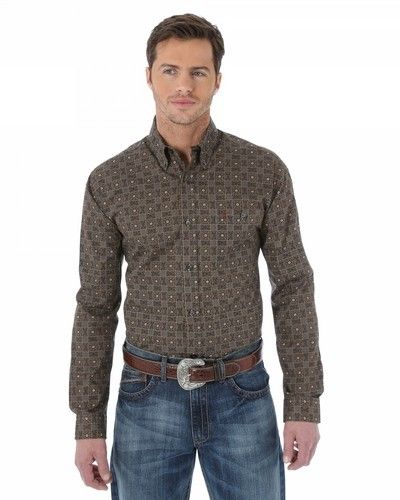 New Wrangler apparel arriving at Billy's Western Wear! Style MJ2601M
