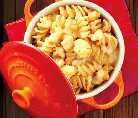 Four-Cheese Pasta with Cauliflower: Cheese Recipe, 235 Calorie, Mac N Cheese, Cauliflower Recipes, Healthy Pasta, Comfort Food, Cheese Pasta, Pasta Recipe, Mac And Cheese