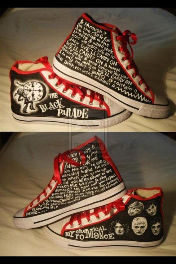 ===Mis zapatillas tienen vida=== Fd1405c94083cdc61d84ead2270bcc81