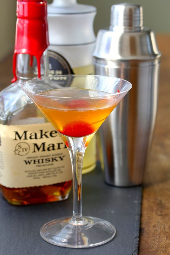 Ginger Gold Rush Cocktail @FoodBlogs