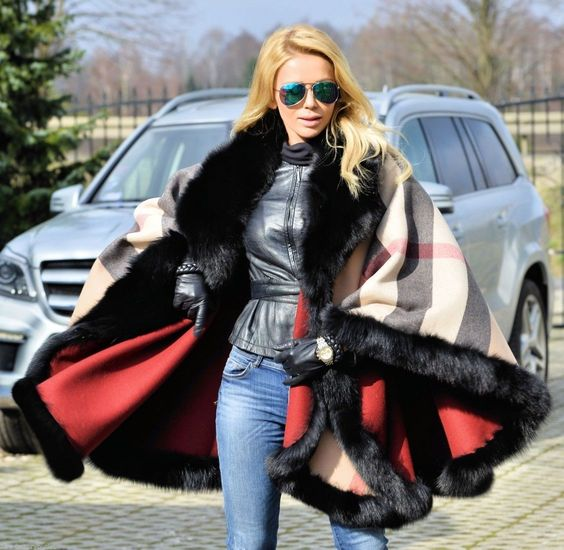 NEW FOX FUR REVERSIBLE PONCHO CLASS- SABLE MINK CHINCHILLA COAT JACKET CAPE https://t.co/gDSmDYUF9B https://t.co/yM0y30UX6C