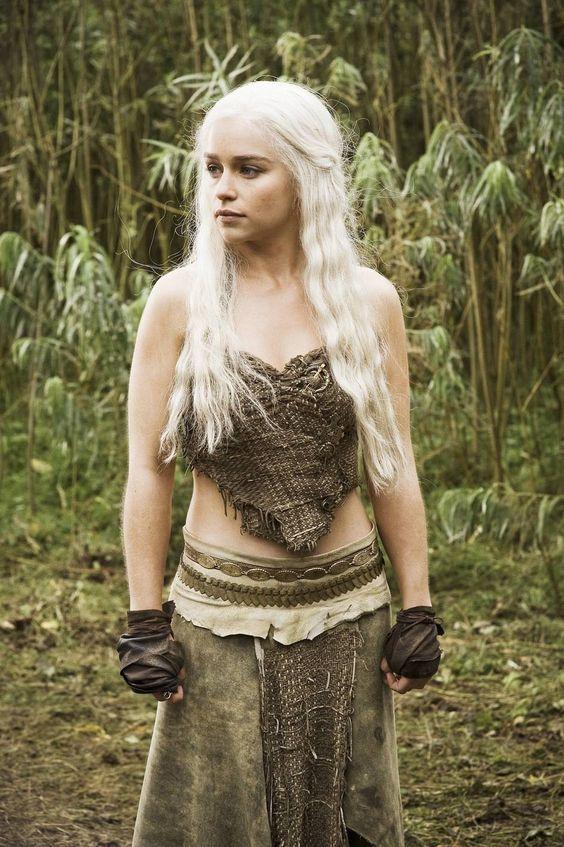 game of throne's daenerys targaryen- emilia clarke