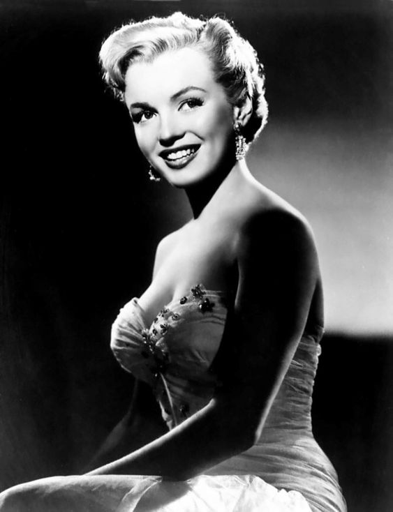 """Young Marilyn Monroe--an absolute vision as Miss Claudia Caswell in """"All About Eve"""" - (1950)"""