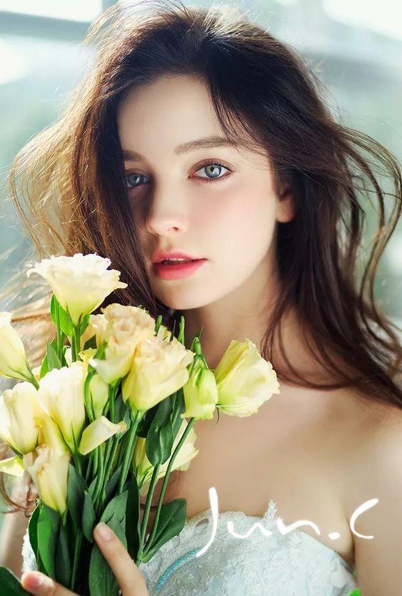 ألبوم صور ملكات جمال الورد والزهور بنات جميلات خلفيات للتصميم Fd25180fbf2cf110285eba6f37557ecf