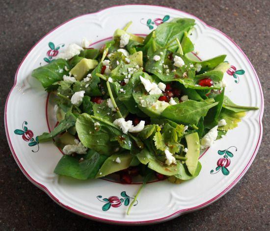 Arugula Salad with Pomegranate, Avocado and Goat Cheese