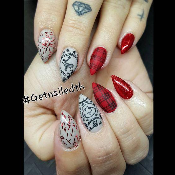 """#Getnailedth #cuccioT3LED #hardgel #cuccio #nailart #nails #likeaboss #artglitter #sculptonly #nailartoohlala #gelnails #nailedit #naileditmagazine…"""