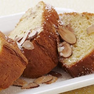 Almond Pound Cake: This Almond Pound Cake has a silky smooth texture and buttery rich flavor. Create a sensation with Duncan Hines Classic White Cake Mix, fresh fruit garnishes, or confectioners' sugar.