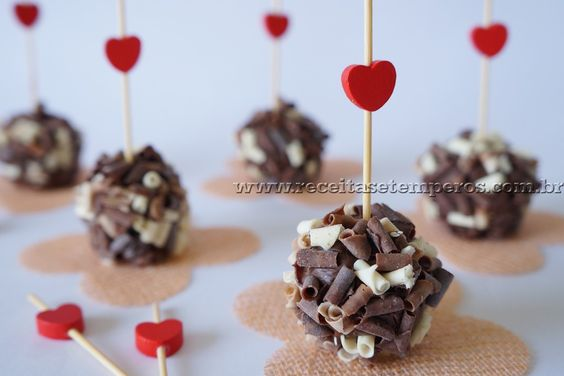 Brigadeiro Gourmet de Nutella   Receitas e Temperos