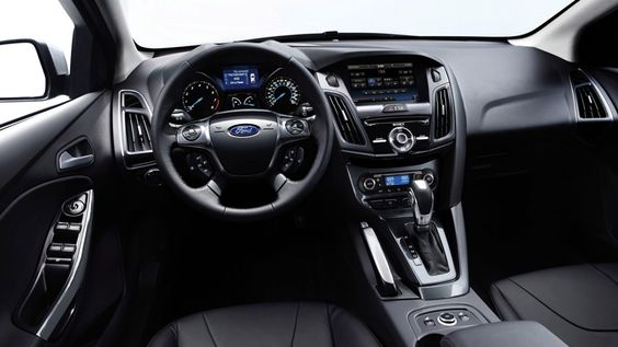 Is BlackBerry branching out into in-car tech?   Reports on Monday suggest Ford has ditched Microsoft for its in-car Sync tech, in favour of Canada's finest. Buying advice from the leading technology site