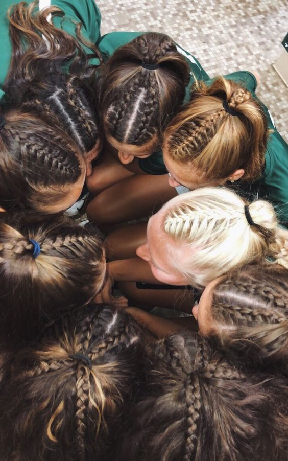 Pin On Friendship Hairstyles