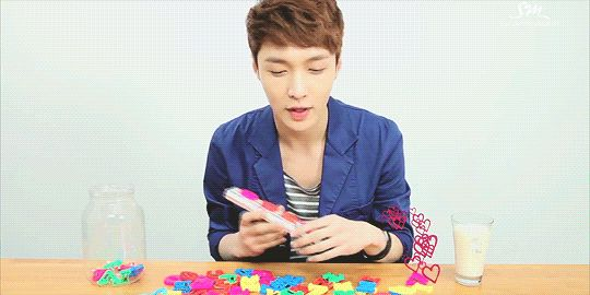 Eye Contact with EXO : Tender Love - Lay (5/5)