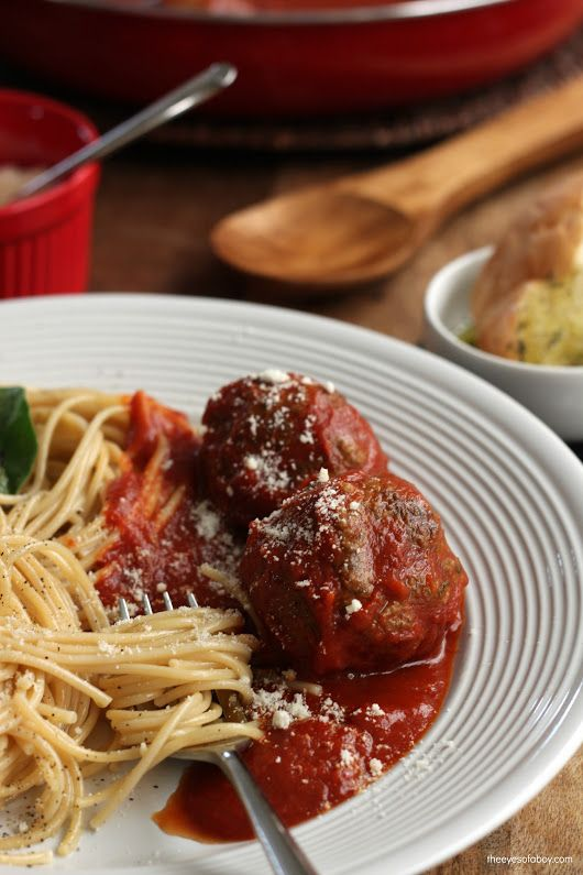 Homemade Italian Spaghetti and Meatballs Recipe