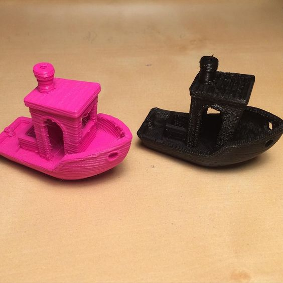 An awesome Pirntrbot pic! In depth comparison of the #printrbot and #prusa i3. I printed the #3dbenchy and again the Prusa is in black. Compare! #3d #3dprinting #boat #comparison #diy by 3d_printings Check us out http://bit.ly/1KyLetq