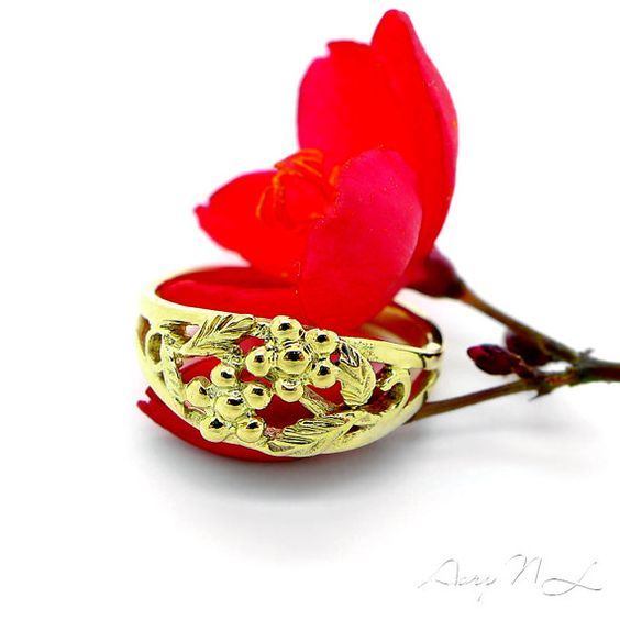NETA 14K Gold Ring with Beautiful Flowers and Leaves US by AoryNL, $350.00