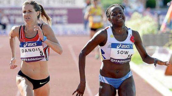 Aisse SOW devance Maeva DANOIS sur le 3000 m steeple  Championnat de France ELITE Athlétisme à Angers ( 49 )