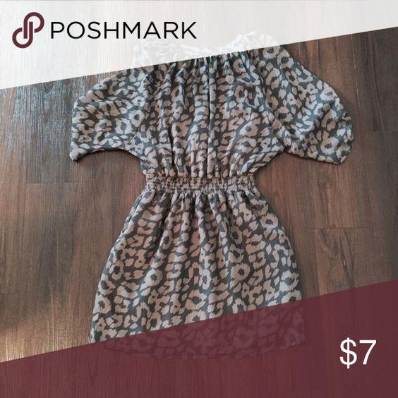 Express NWOT dress Express dress, size small. Never worn! Has an inner lining. Express Dresses