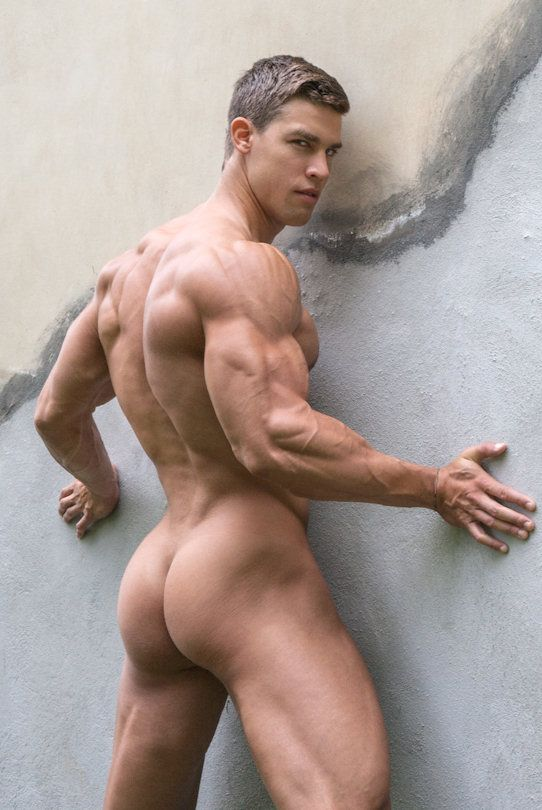 Hot hunks strip naked