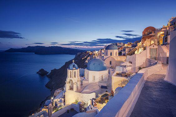GREECE CHANNEL   Oia in Blue