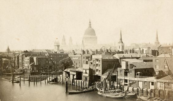 Historic England: Previously unseen photos provide a fascinating record of 150 years of history  http://www.ibtimes.co.uk/historic-england-previously-unseen-photos-provide-fascinating-record-150-years-history-1509563