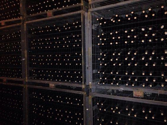 La mejor composición en una bodega con Vino de Uclés