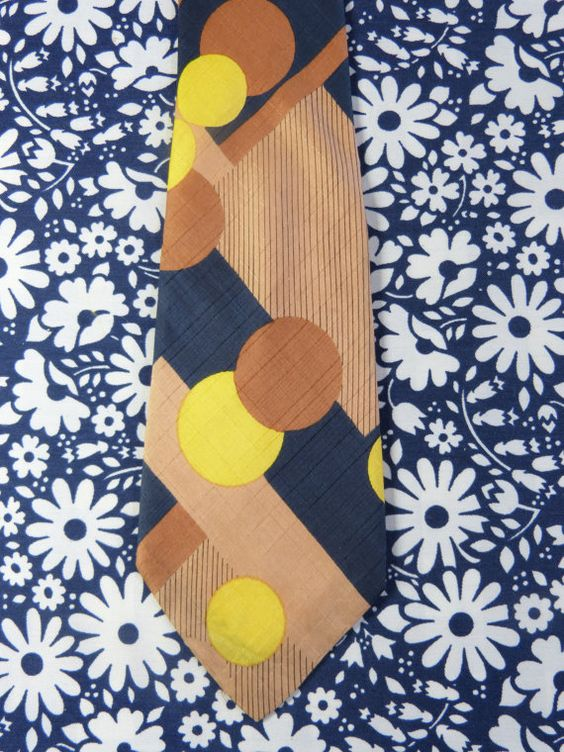 Wide PIERRE CARDIN silk tie with big stripes and dots print - French 70s vintage by Labaronnevintage