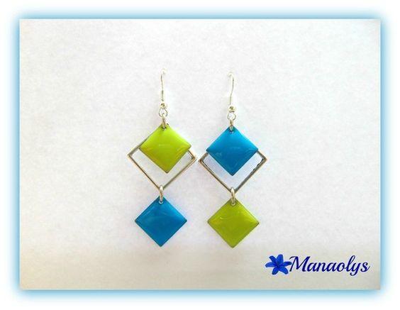 Boucles d'oreilles argentées, losanges émaillés vert anis et bleu