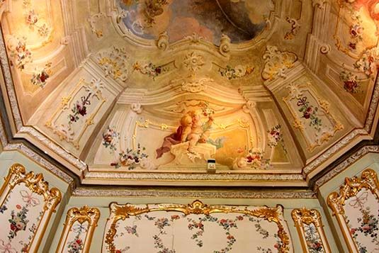 schonbrunn palace interior/images | loveisspeed.....: Schönbrunn Palace is a former imperial Rococo ...