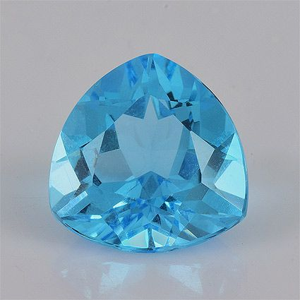 Swiss Blue color Faceted type Excellent luster Blue Topaz available online with 4.10 ct 10x10x6.2 mm AAA+ Trillion shape