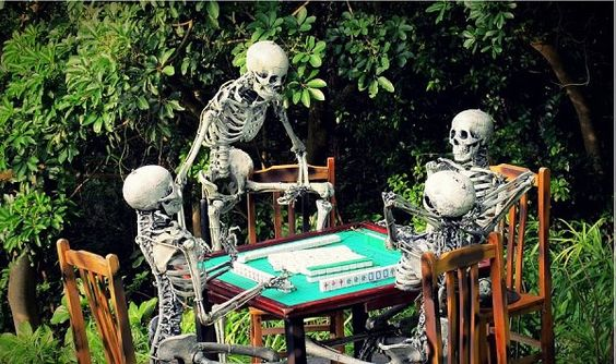 Die-hard Mahjong lovers :)