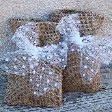 EL JARDIN DE LOS SUEÑOS: Sacos bonitos para tus regalos