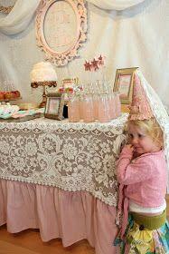 Bridgey Widgey: Princess Party