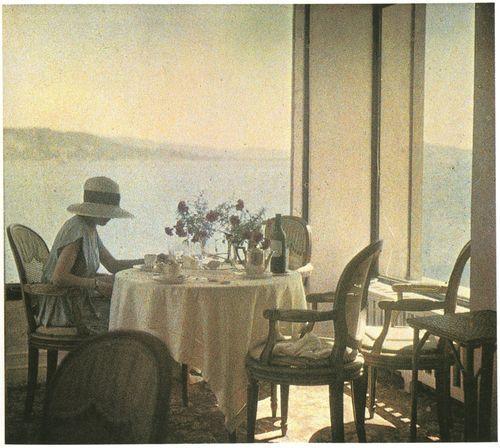 Bibi at the New Eden Roc Restaurant, Cap d'Antibes, 1920. Jacques-Henri Lartigue