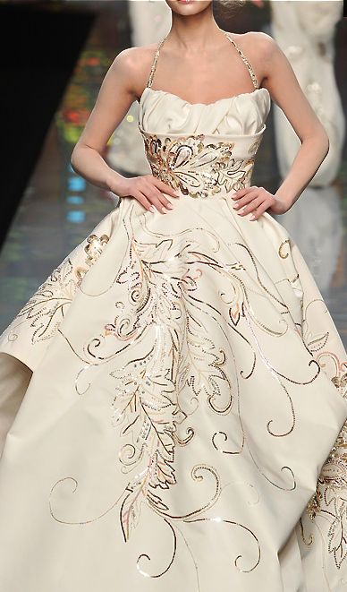 Christian Dior S/S 2009 Couture The print is beautiful