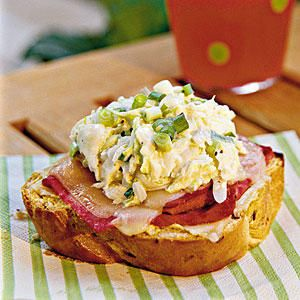 Open-faced Coleslaw Reubens - St. Patrick's Day Feast - Southernliving. Buy an unsliced loaf of rye bread in the deli section of your grocery store or bakery, and cut thick slices with a serrated or bread knife.Recipe:Open-faced Coleslaw Reubens