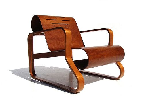 Beautiful, modern minimal chair: